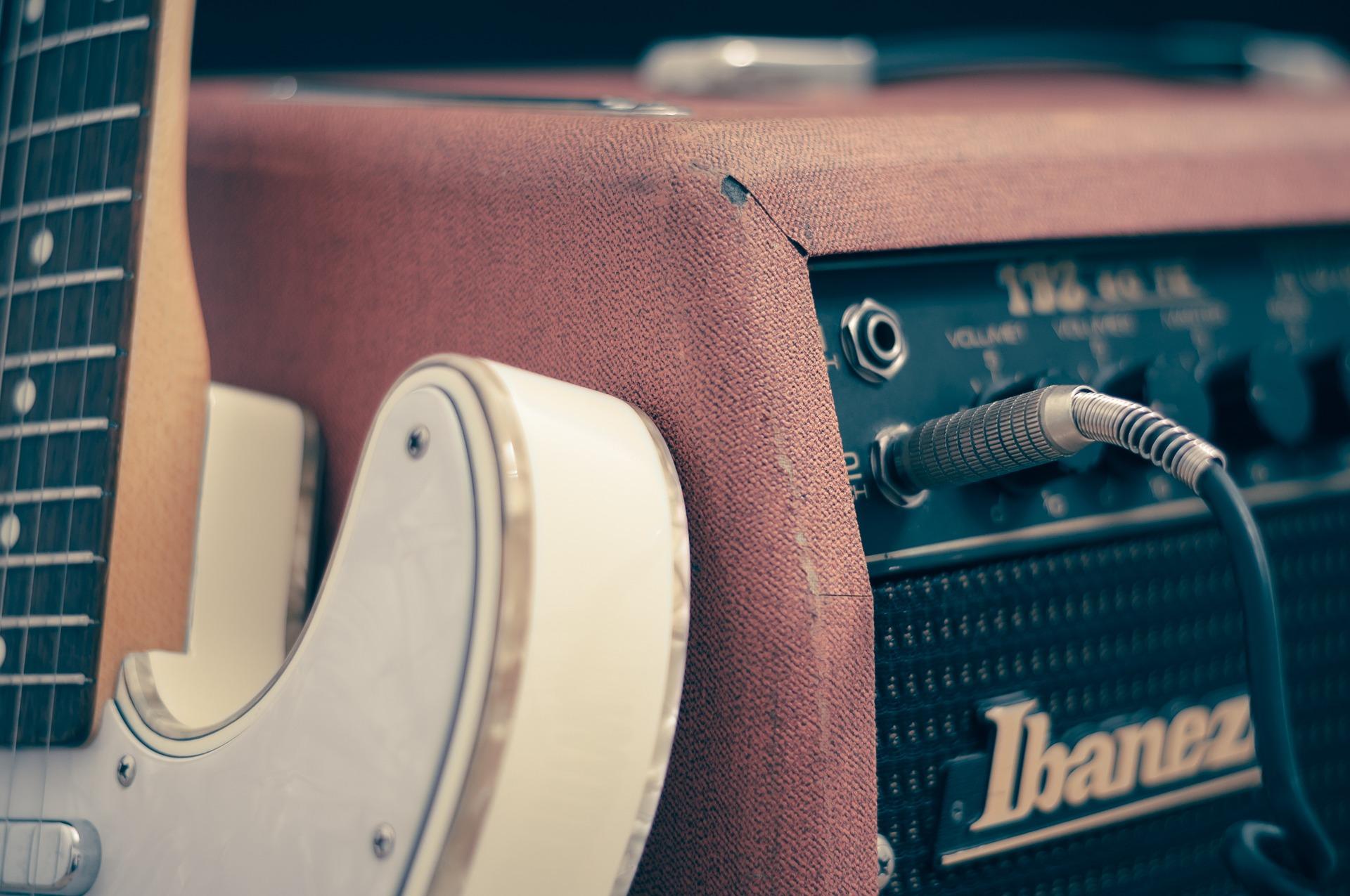 amplifier-756321_1920